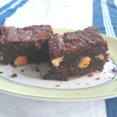 """Шоколадно-апельсиновое пирожное """"Брауни"""" - рецепт с фото"""