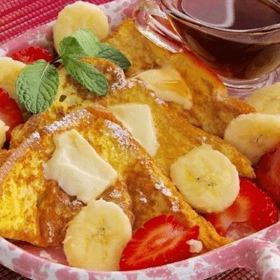 Французские тосты с фруктами и ягодами - рецепт с фото