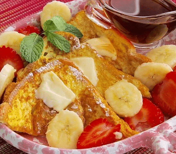 Французские тосты с фруктами и ягодами
