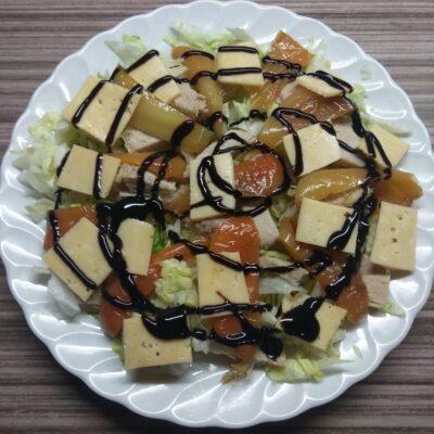 Салат с капустой, перцем и бужениной - рецепт с фото