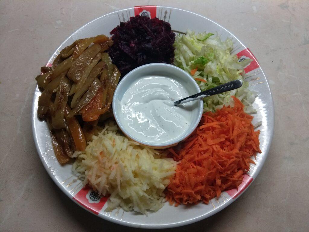 Фото рецепта - Овощной салат-конструктор - шаг 7
