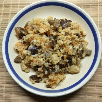 Рис с баклажанами - рецепт с фото