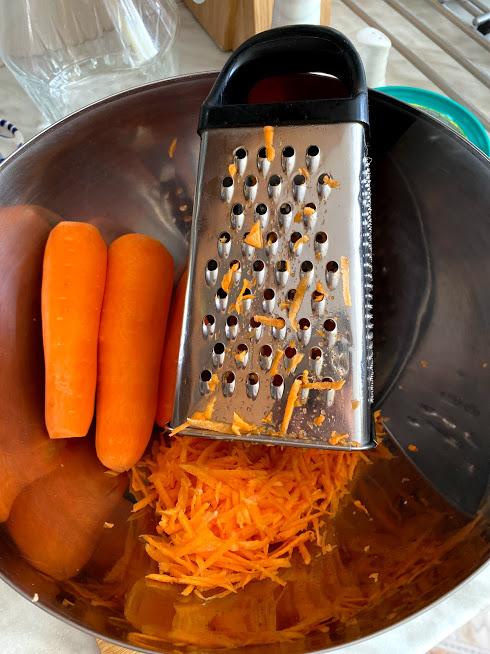 Фото рецепта - Салат с морской капустой и морковью - шаг 3