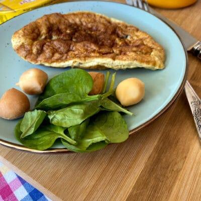 Румяный омлет - рецепт с фото