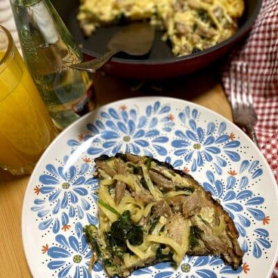 Запеканка из индейки с пастой и шпинатом - рецепт с фото