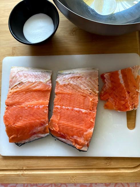 Фото рецепта - Лосось слабосоленый (как засолить рыбу) - шаг 3