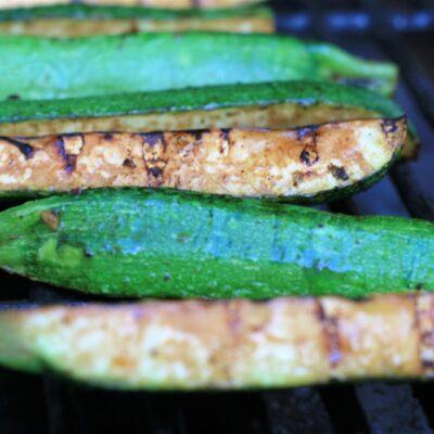 Жареные маринованные кабачки - рецепт с фото