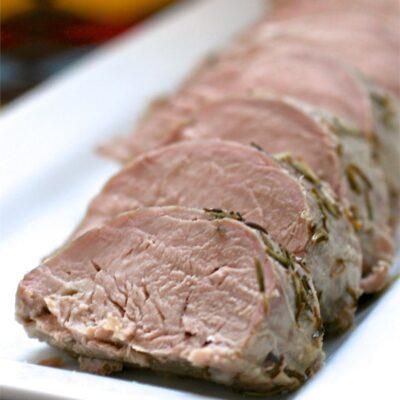 Запеченная свиная корейка в маринаде - рецепт с фото
