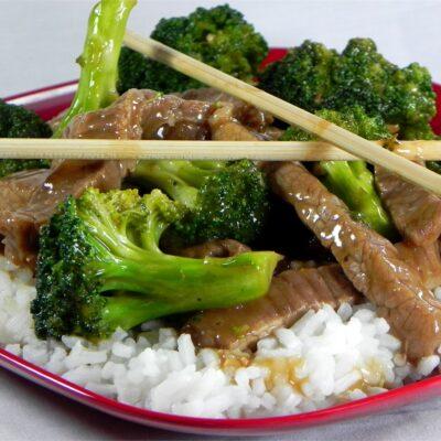 Жареная говядина с брокколи - рецепт с фото