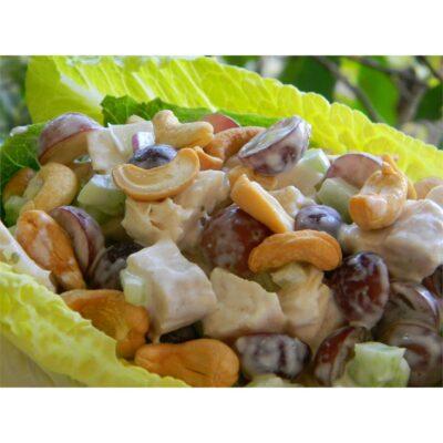Куриный салат с виноградом и сельдереем - рецепт с фото