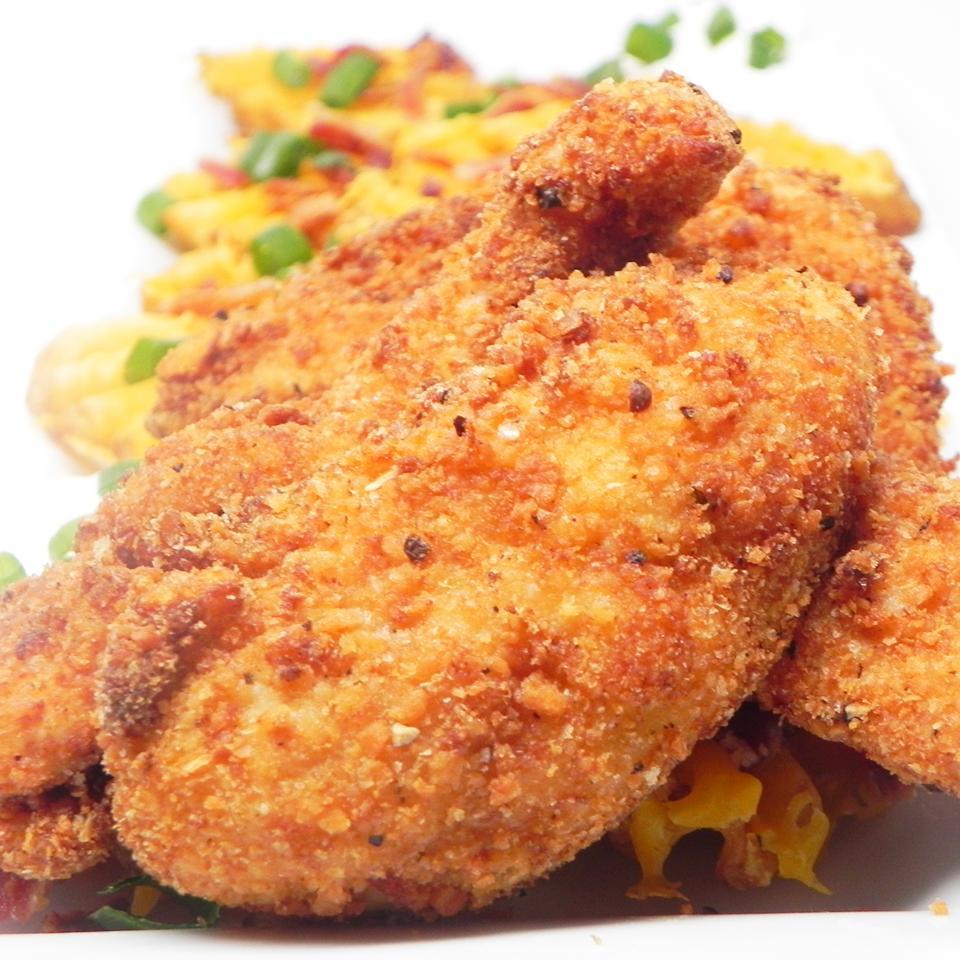 Жареная курица в панировке из картофеля