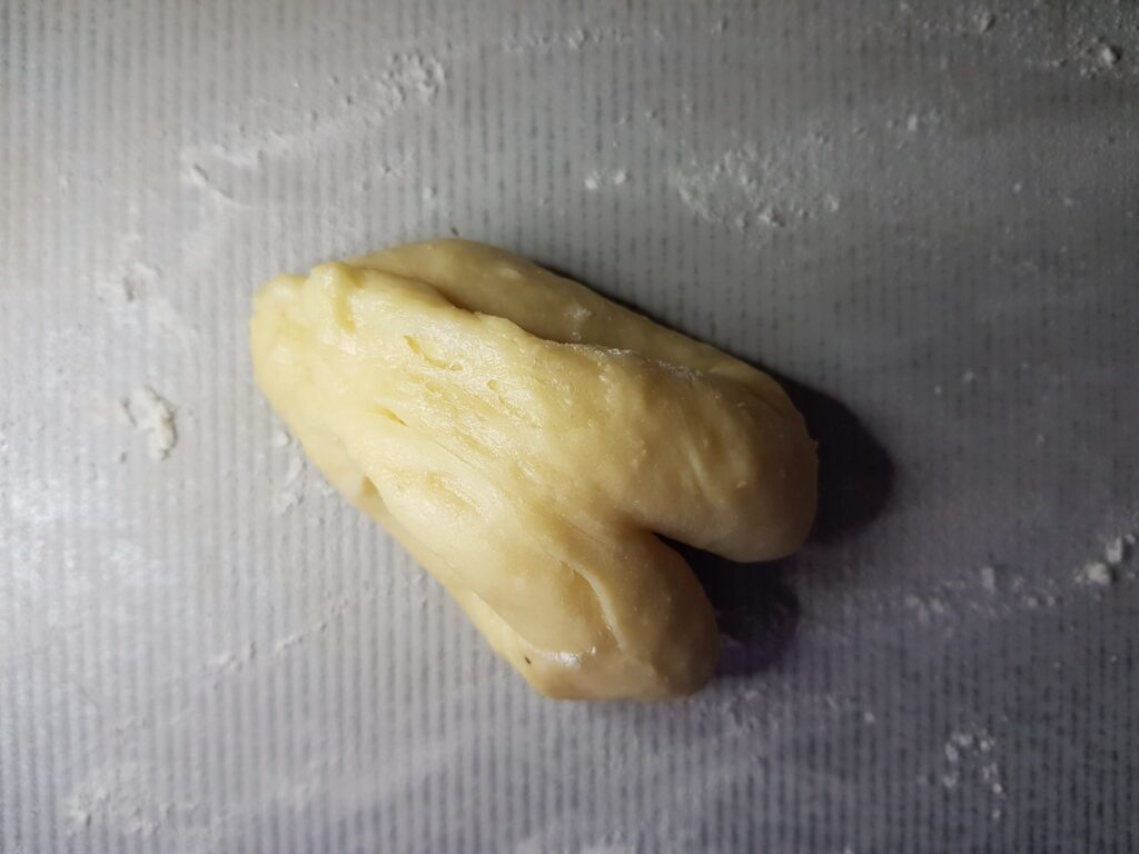 Фото рецепта - Плюшки с сахаром - шаг 6