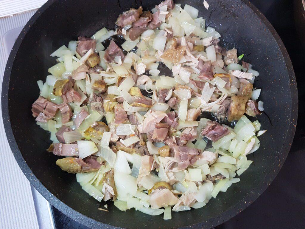 Фото рецепта - Макароны по-флотски с куриным мясом - шаг 3