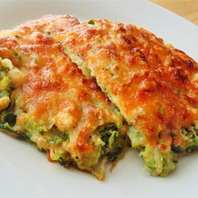Запеченные кабачки с сыром и чесноком - рецепт с фото