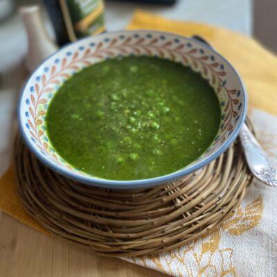 Гороховый суп по-перуански с кинзой и киноа - рецепт с фото