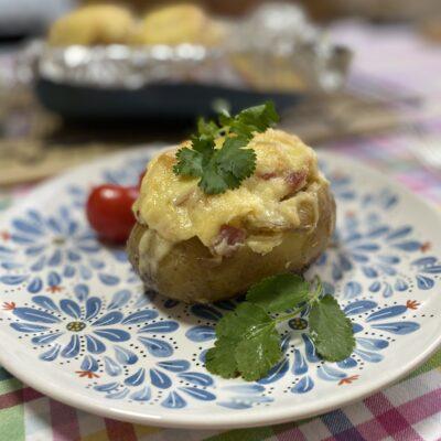 Фаршированный картофель - рецепт с фото