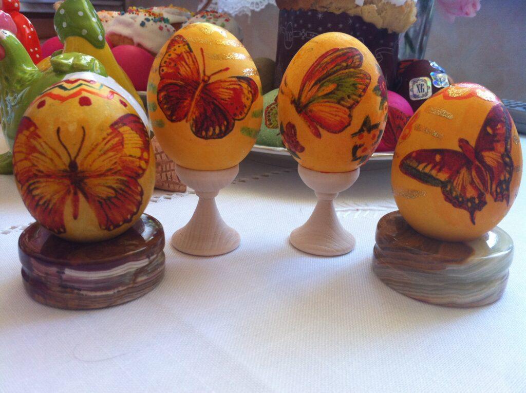 Фото рецепта - Красим яйца к Пасхе - шаг 6