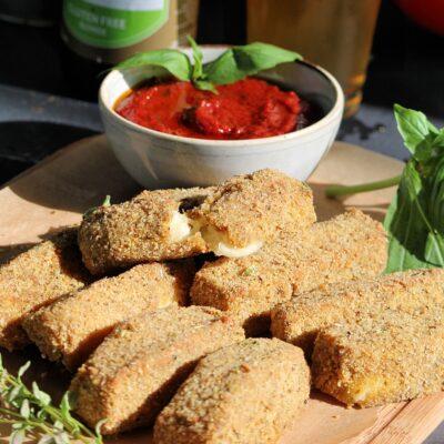 Запеченные сырные палочки - рецепт с фото
