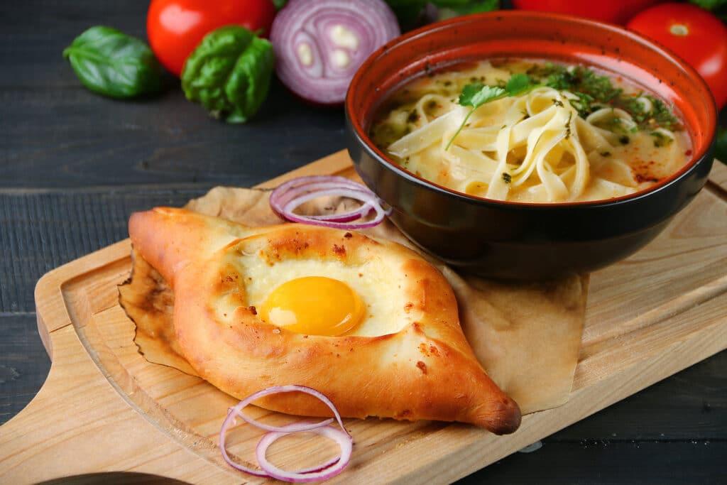 Фото рецепта - Хачапури по-аджарски - шаг 11