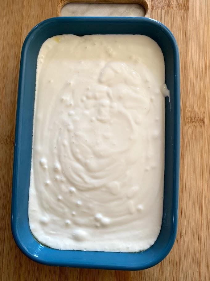 Фото рецепта - Творожная запеканка без муки - шаг 6