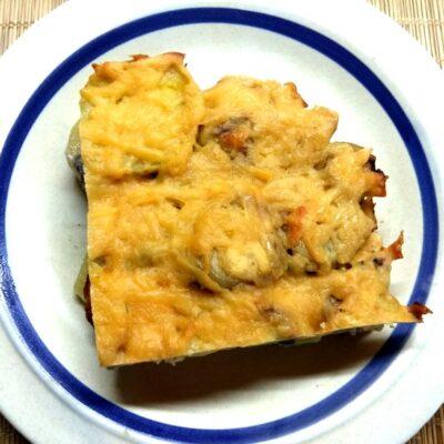 Картофельная запеканка с фаршем и грибами - рецепт с фото