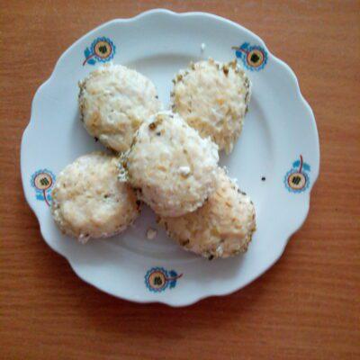 Котлеты из куриного филе и картофеля под сливочным соусом - рецепт с фото