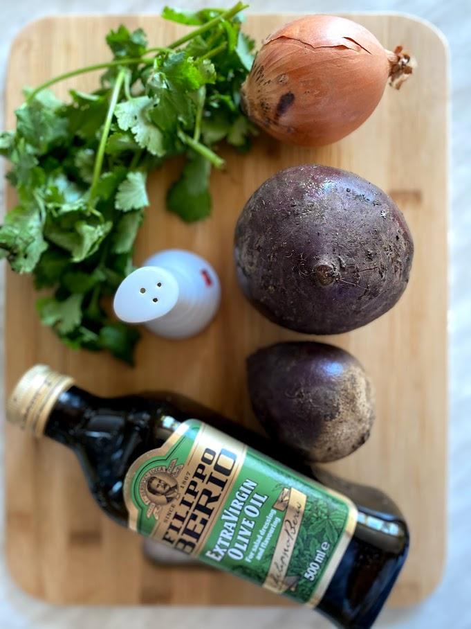 Фото рецепта - Салат из печеной свеклы - шаг 1