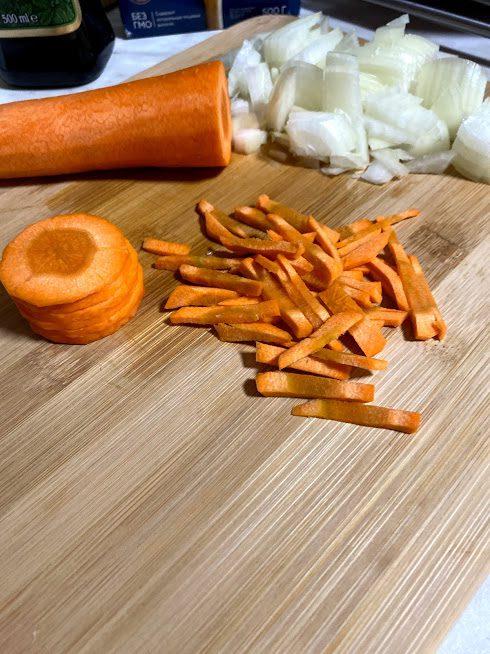Фото рецепта - Густой суп из чечевицы и индейки - шаг 4
