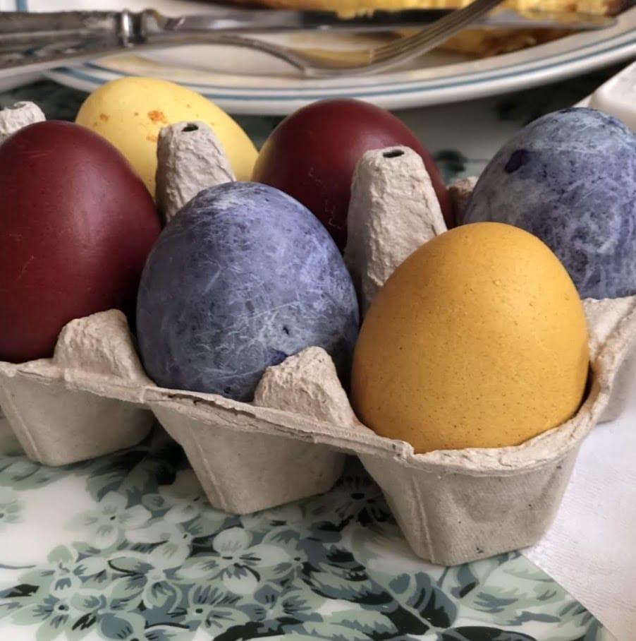 Фото рецепта - Красим яйца к Пасхе - шаг 4