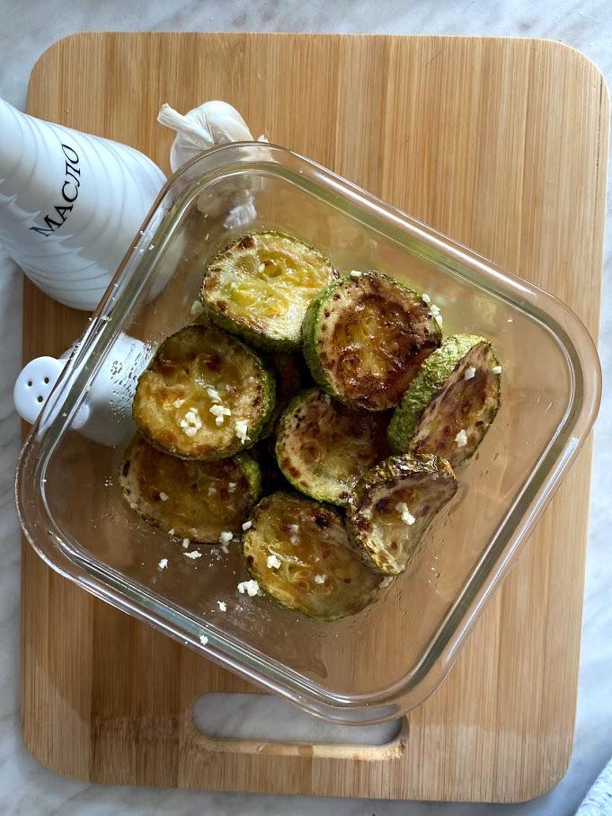 Фото рецепта - Кабачки с чесноком - шаг 7