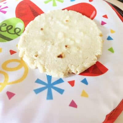 Лепешки, фаршированные сыром - рецепт с фото