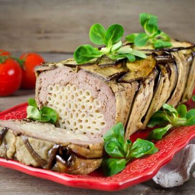 Мясной террин с пастой и баклажанами