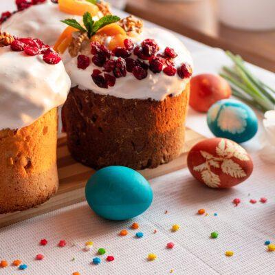 Творожный кулич с цукатами и орехами - рецепт с фото