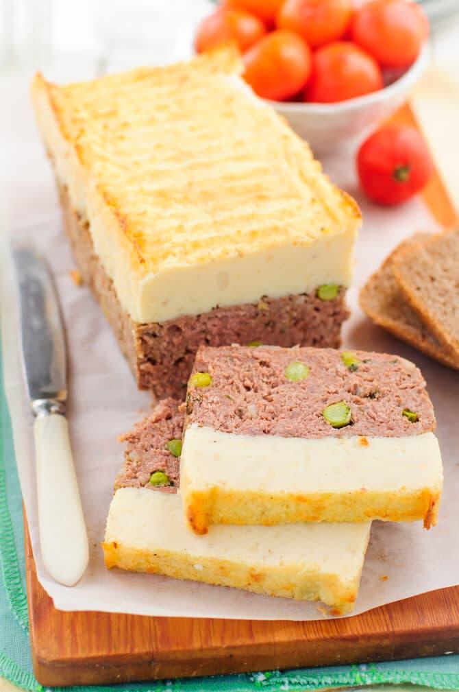 Фото рецепта - Рулет из говядины с горошком и картофельным пюре - шаг 5
