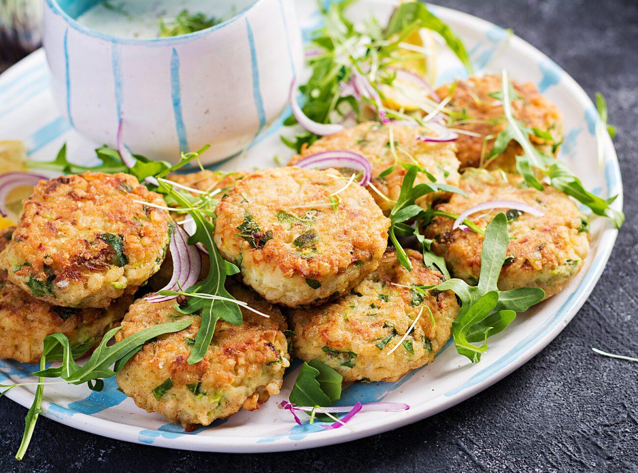 Рыбные котлеты со шпинатом: как приготовить с помощью мясорубки