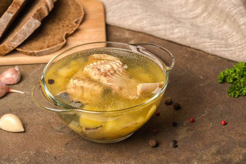 Фото рецепта - Суп с осетром по-царски - шаг 5