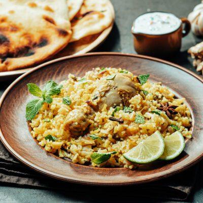 Жареная курица с имбирным рисом - рецепт с фото