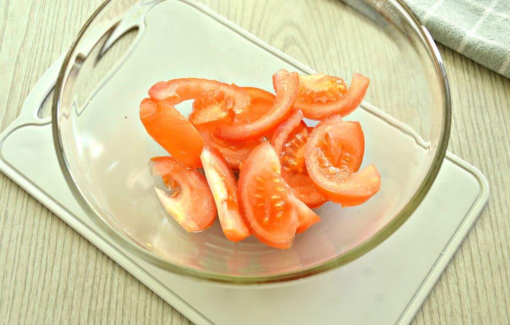 Фото рецепта - Овощной салат с йогуртовой заправкой - шаг 1