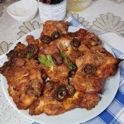 Куриные бёдрышки без кости в духовке - рецепт с фото