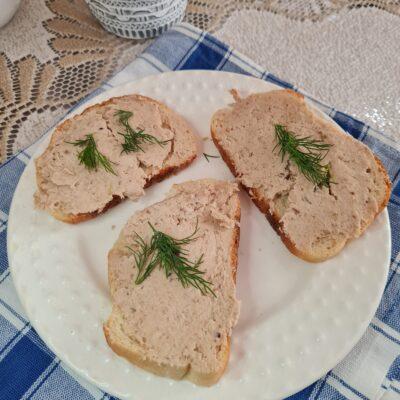 Куриный паштет к завтраку - рецепт с фото