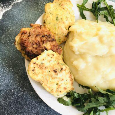 Оладьи из рубленого куриного филе и кабачков - рецепт с фото