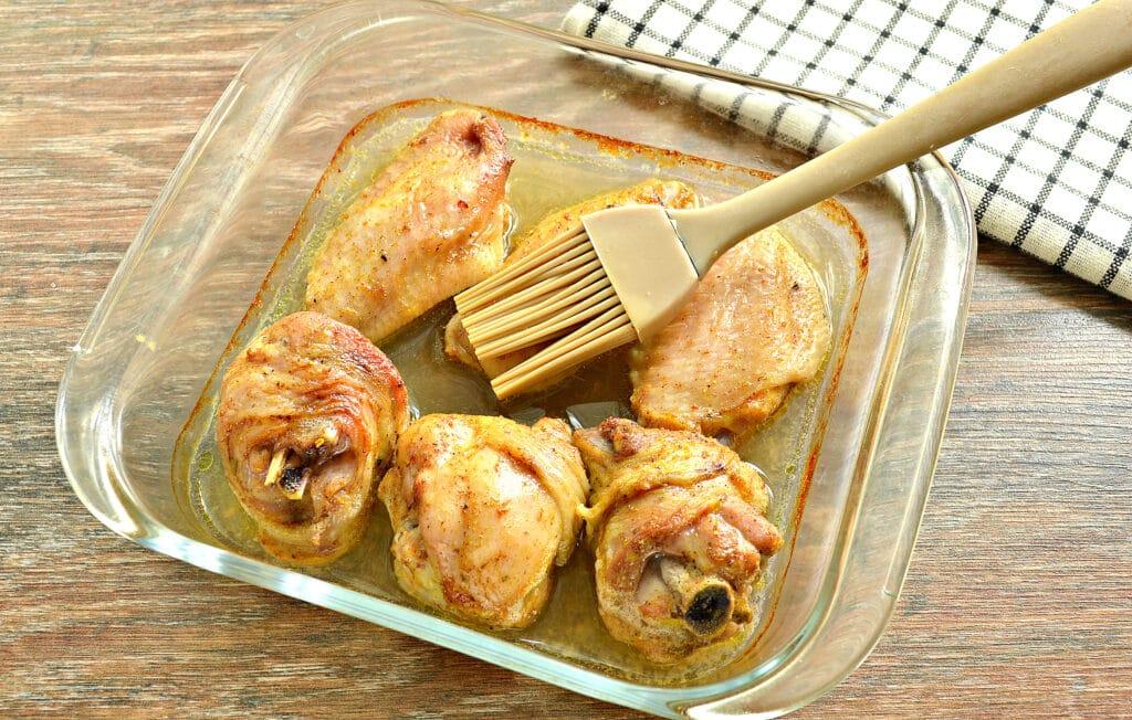 Фото рецепта - Куриные крылышки, запечённые в пиве, в духовке - шаг 4