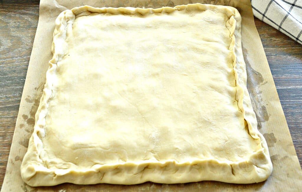 Фото рецепта - Слоеный капустный пирог - шаг 4