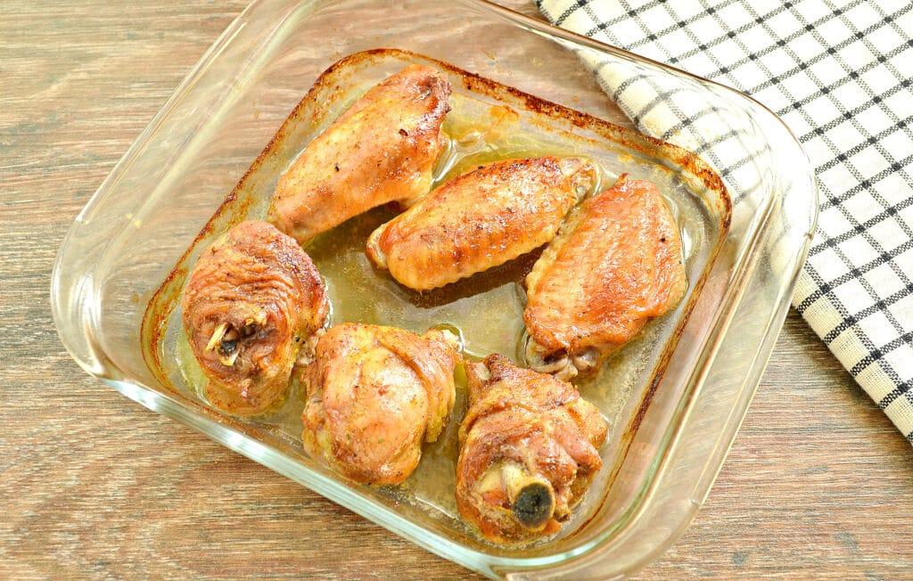 Фото рецепта - Куриные крылышки, запечённые в пиве, в духовке - шаг 5