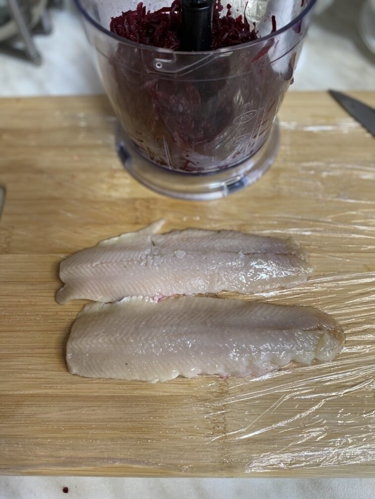 Фото рецепта - Намазка из сельди и свеклы - шаг 4