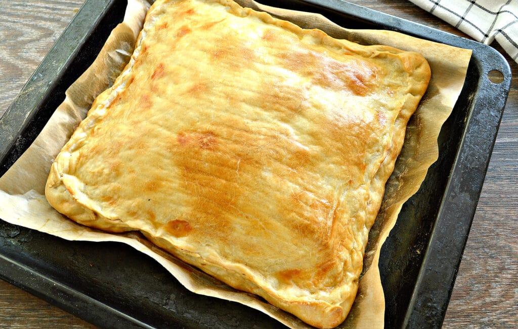 Фото рецепта - Слоеный капустный пирог - шаг 6
