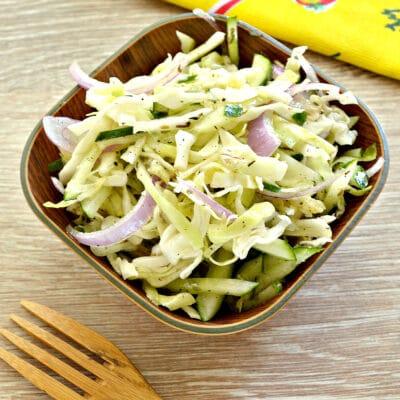 Капустный салат со сладким соусом - рецепт с фото