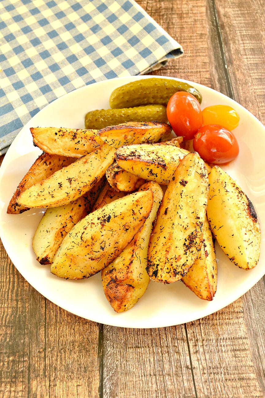 Картофель по-деревенски на сковороде