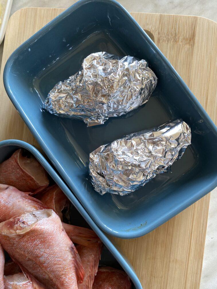 Фото рецепта - Жареный морской окунь с бататом - шаг 4