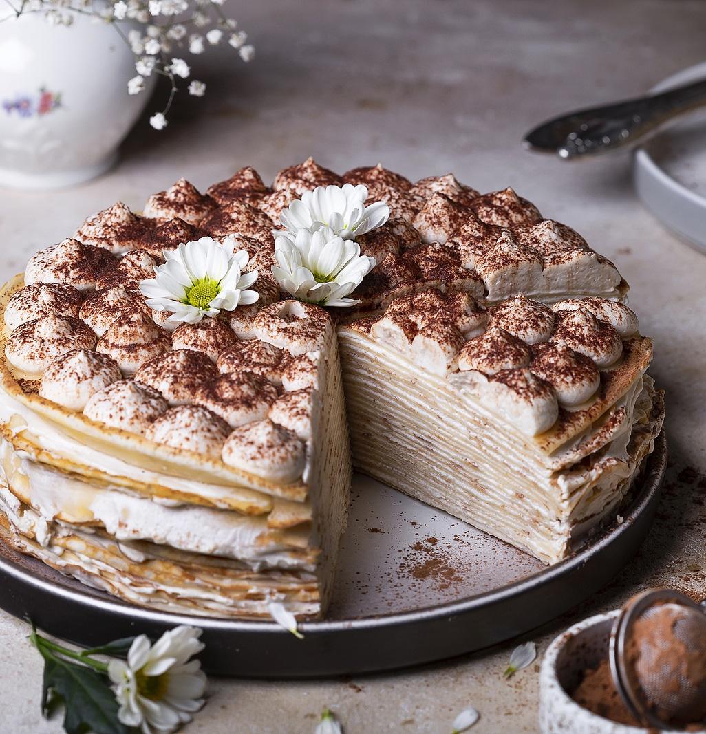 "Блинный торт ""Тирамису"" с маскарпоне и амаретто"